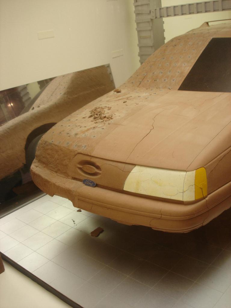 Ford Taurus Wagon 2.5