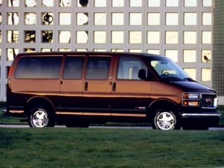 GMC Savana Cargo Van G 3500 Extended