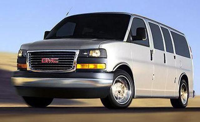 GMC Savana Passenger Van LS G3500 Diesel
