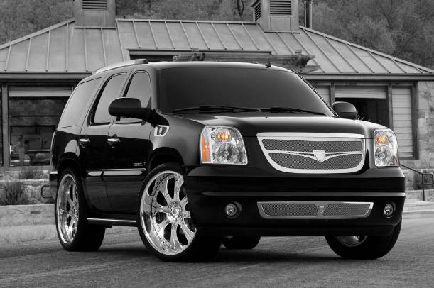 GMC Yukon Denali AWD