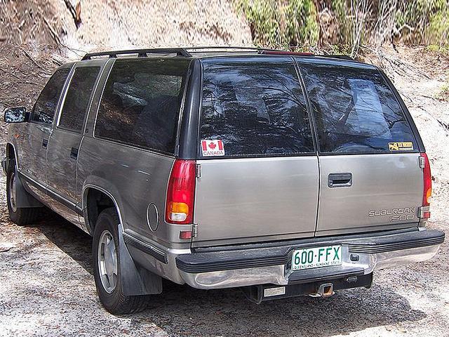 Holden Suburban 6.5 i V8 1500 SLT