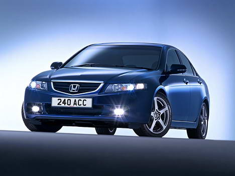 Honda Accord 1.8 i 16V MT