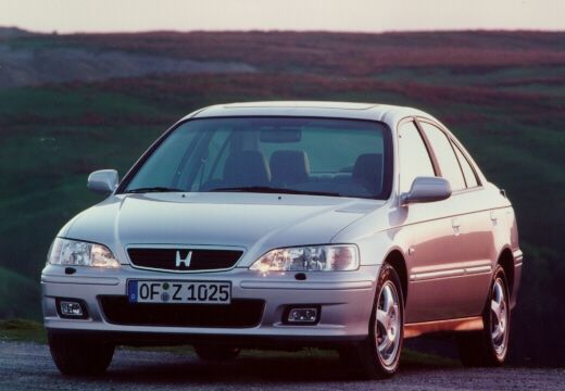 Honda Accord 1.8 i AT