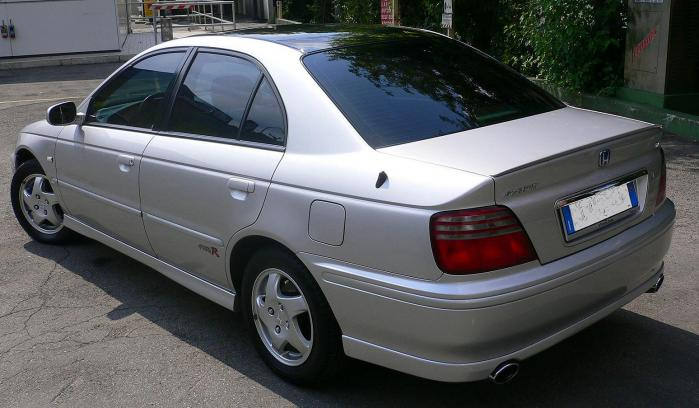 Honda Accord 2.0 i