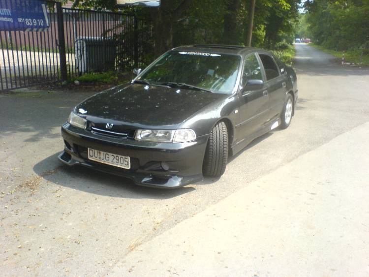 Honda Accord 2.0 i 16V MT