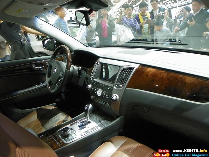 Hyundai Equus VS380 Luxury