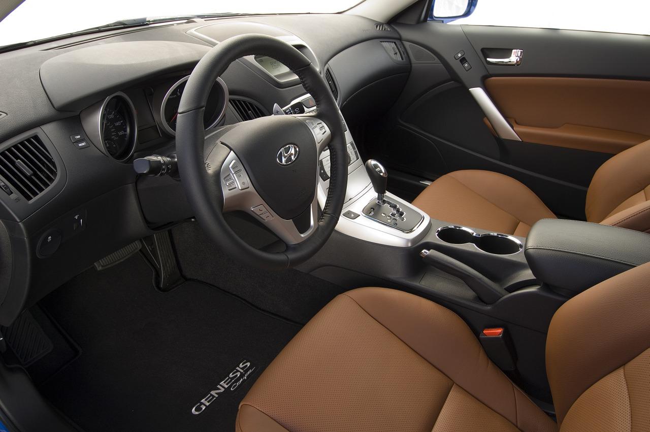 Hyundai Genesis Coupe 3.8 Grand Touring