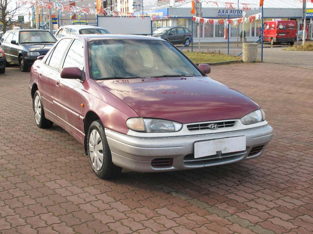 Hyundai Lantra 1.6 i.e. 16V MT