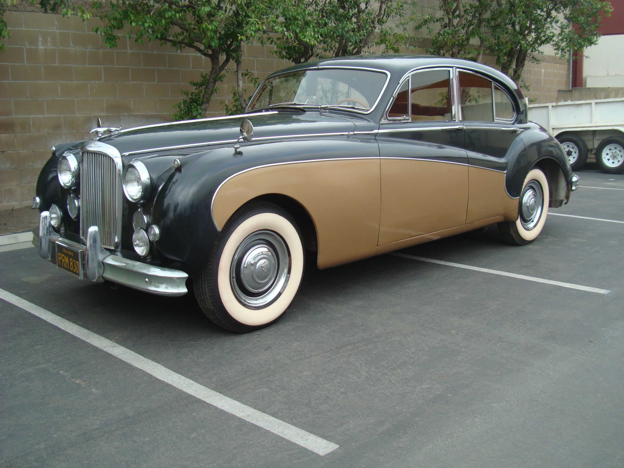 Jaguar Mark VIII