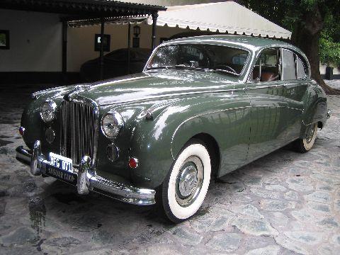 Jaguar MK VIII