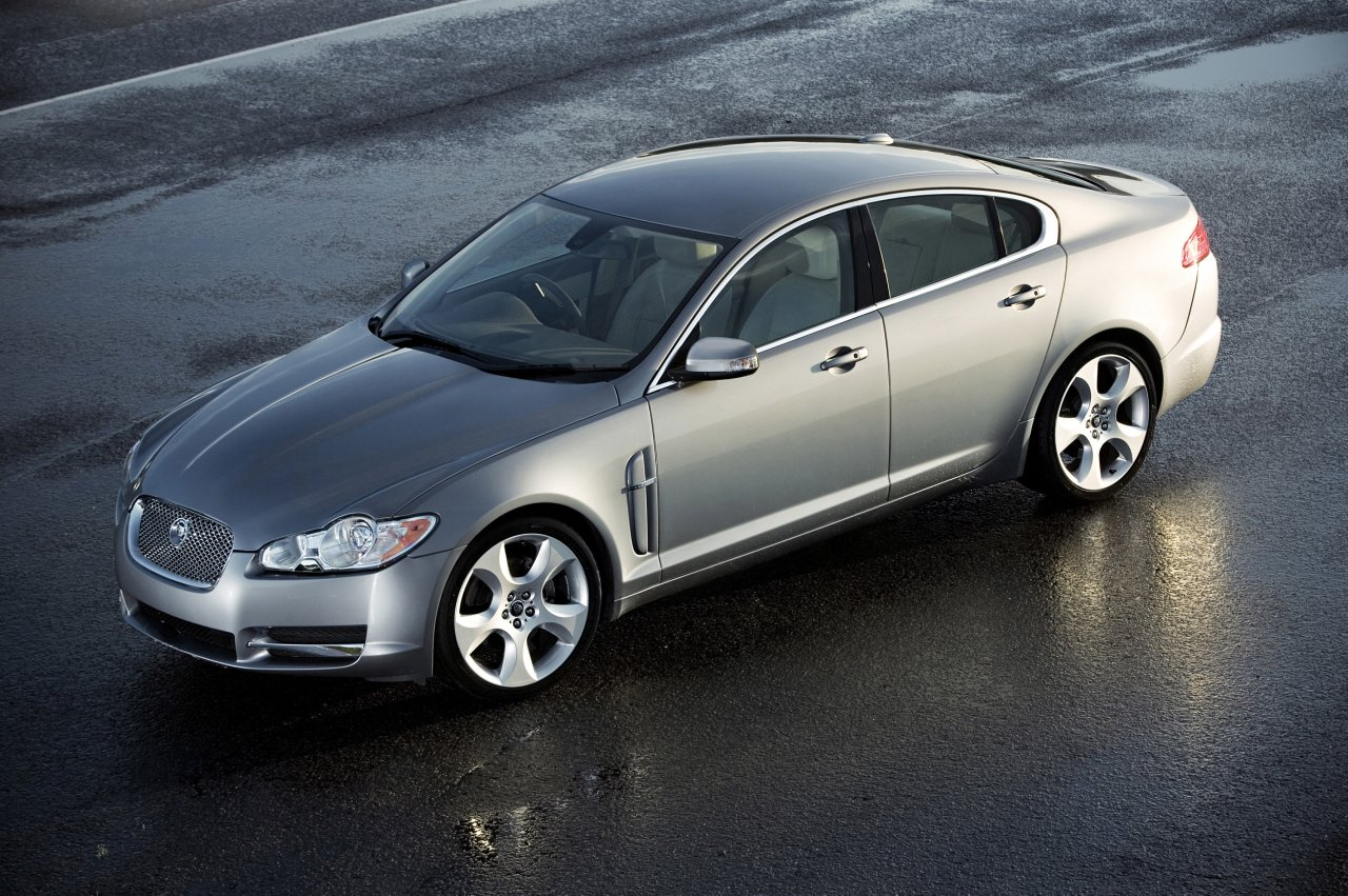 Jaguar XF 4.2 V8 Supercharged