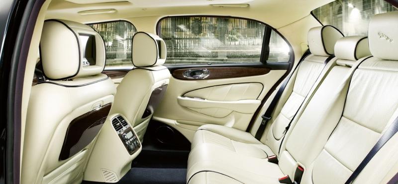 Jaguar XJ Super V8 Portfolio