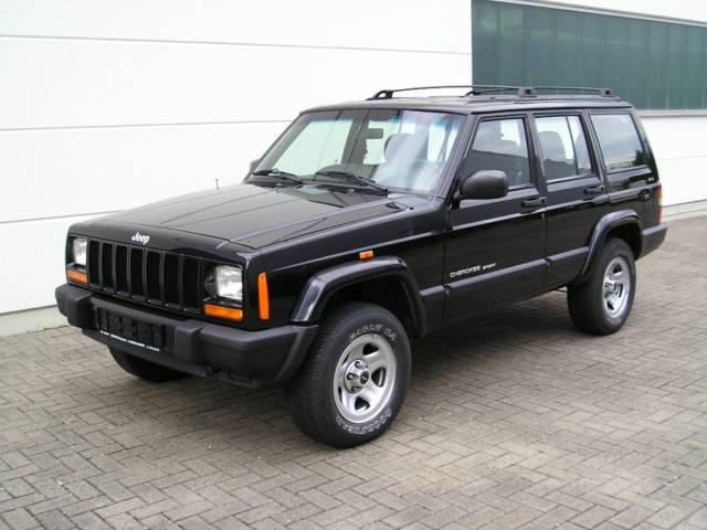 Jeep Cherokee 2.5 i
