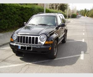 Jeep Cherokee Sport 2.8 CRD