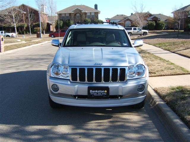 Jeep Grand Cherokee 5.7 Hemi AT