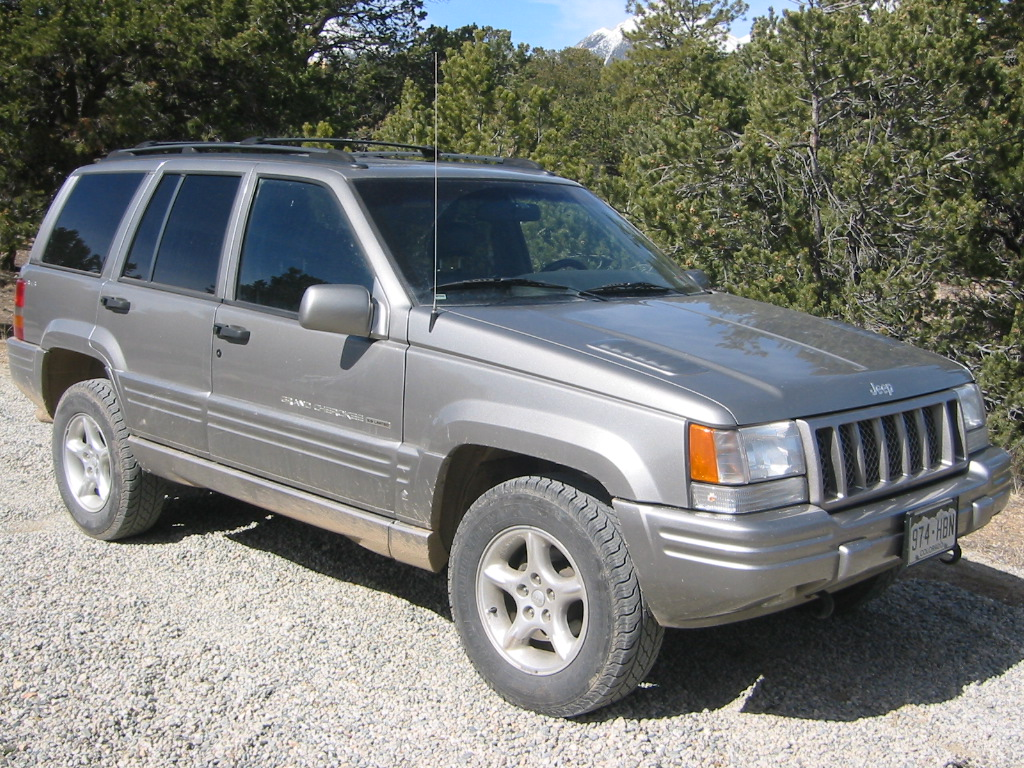 Jeep Grand Cherokee 5.9 AT