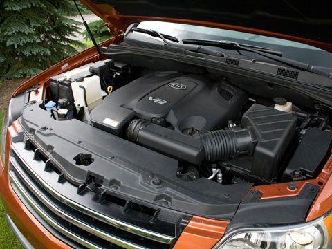 Kia Borrego EX V8