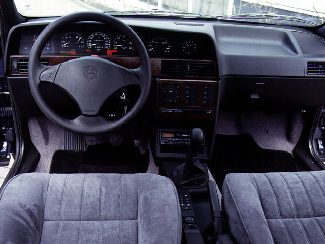 Lancia Dedra 1.6 LE
