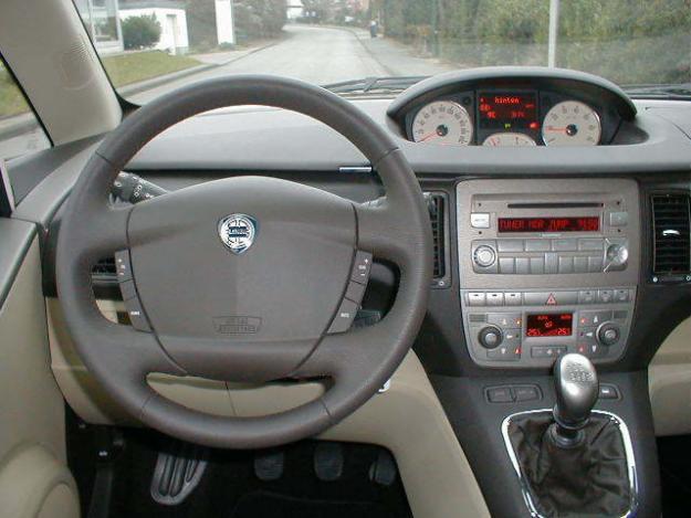 Lancia Musa 1.4