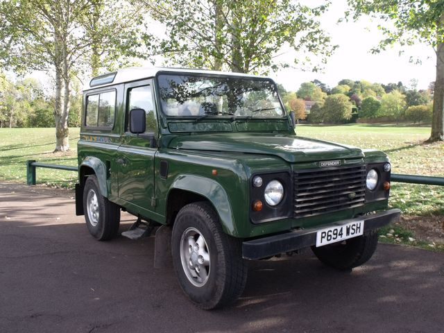 Land Rover Defender 2.5 TDi