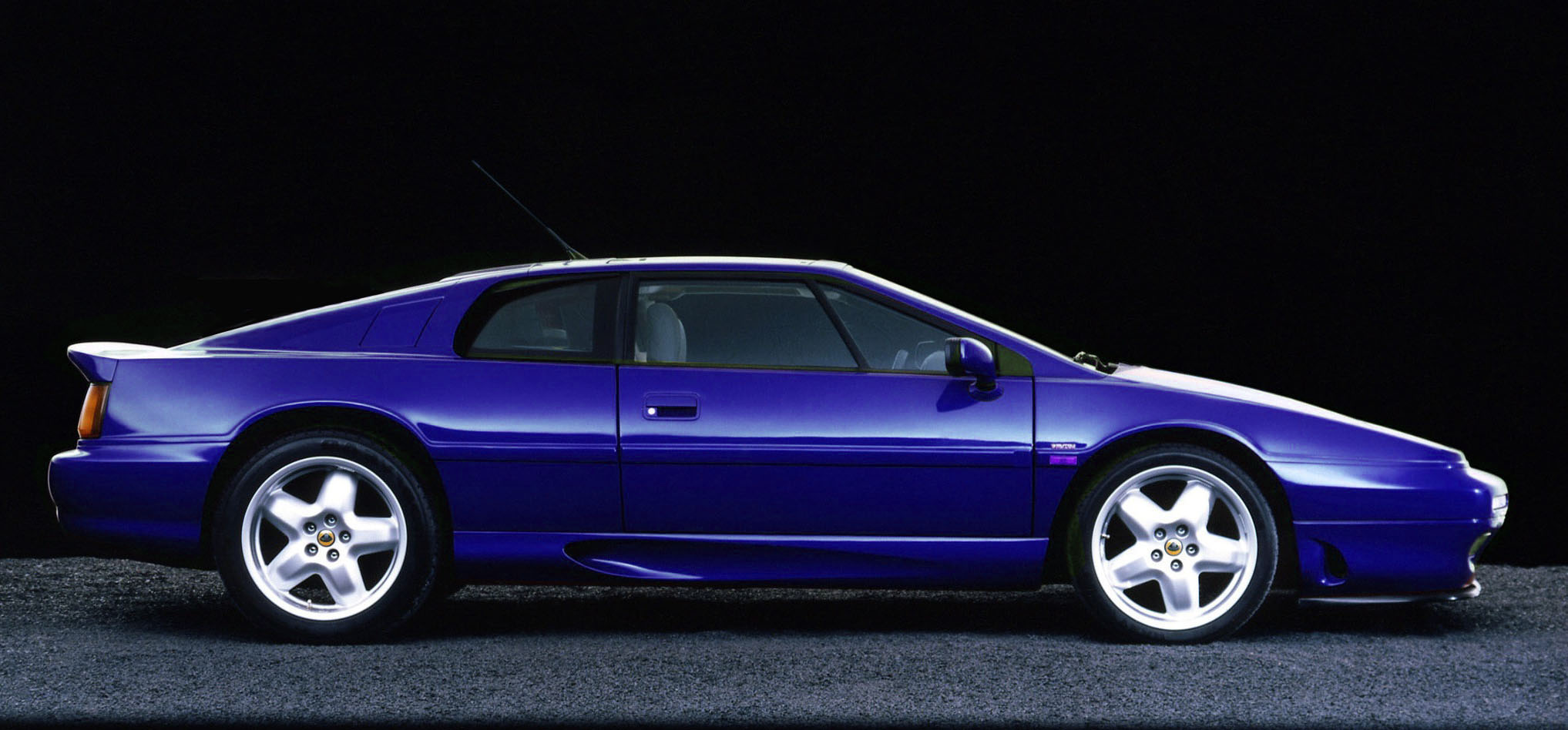 Lotus Esprit V8 GT