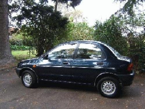 Mazda 121 1.3