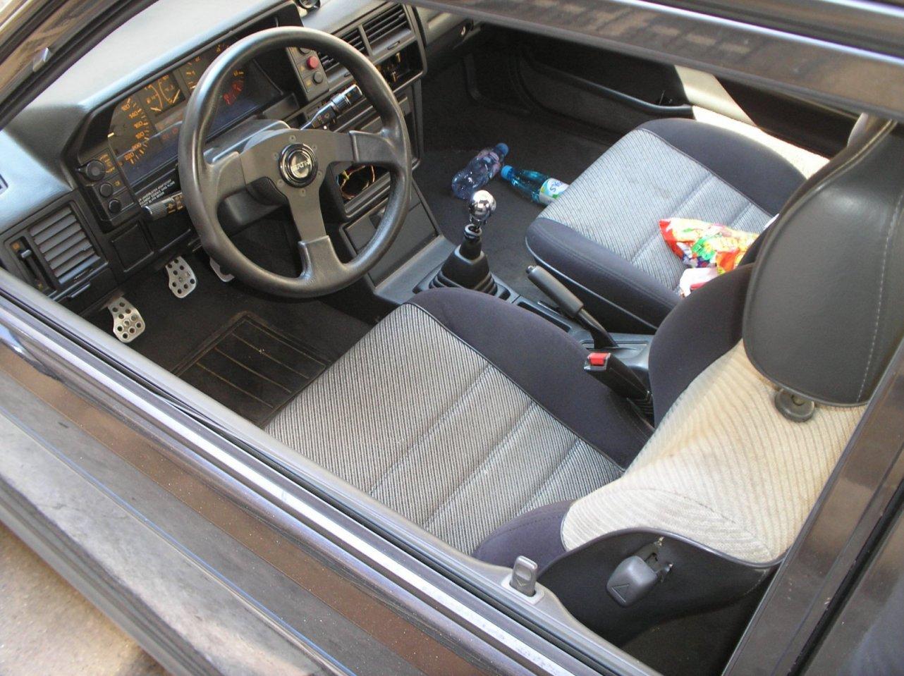 Mazda 323 1.6 GT