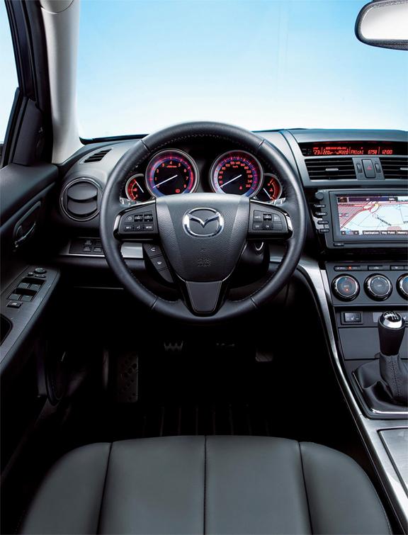 Mazda 6 i Touring Plus