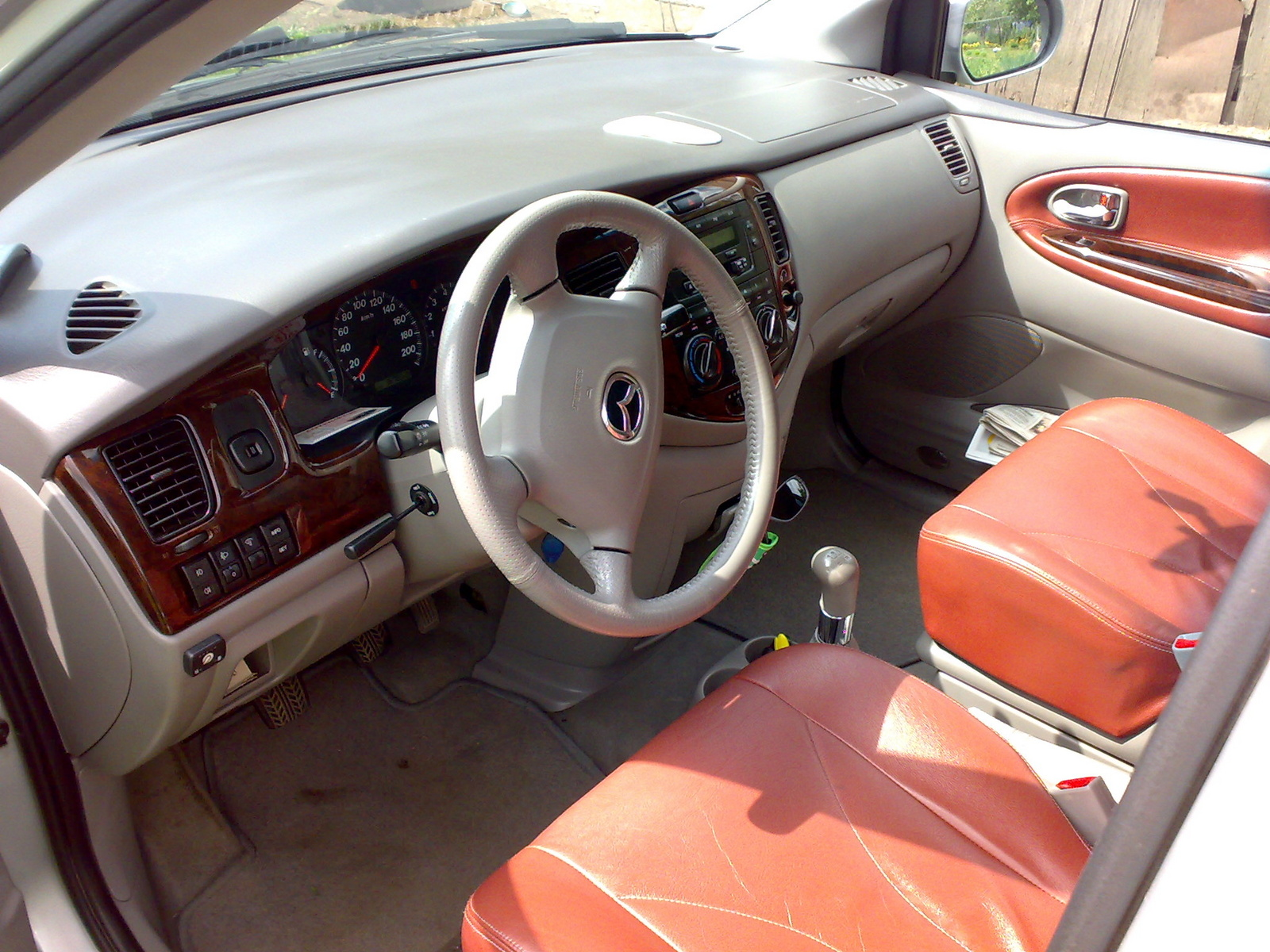 Mazda MPV ES