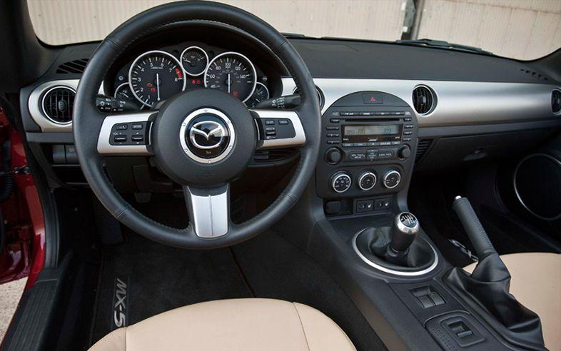 Mazda MX-5 Grand Touring