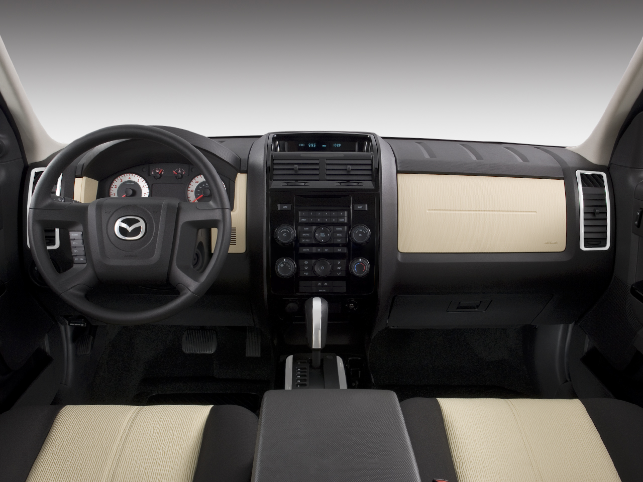 Mazda Tribute i Sport