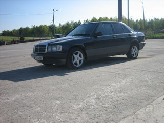 Mercedes-Benz 190 2.5 TD