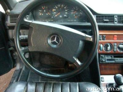 Mercedes-Benz 250 250 D