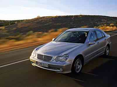 Mercedes-Benz C 180 129hp AT