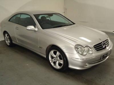 Mercedes-Benz E 270 CDI MT