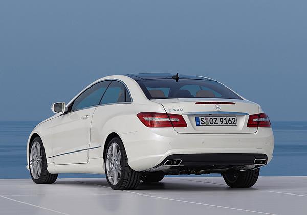 Mercedes-Benz E 600