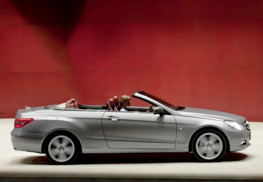 Mercedes-Benz E Cabrio 220 AT