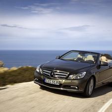 Mercedes-Benz E Cabrio 220 AT