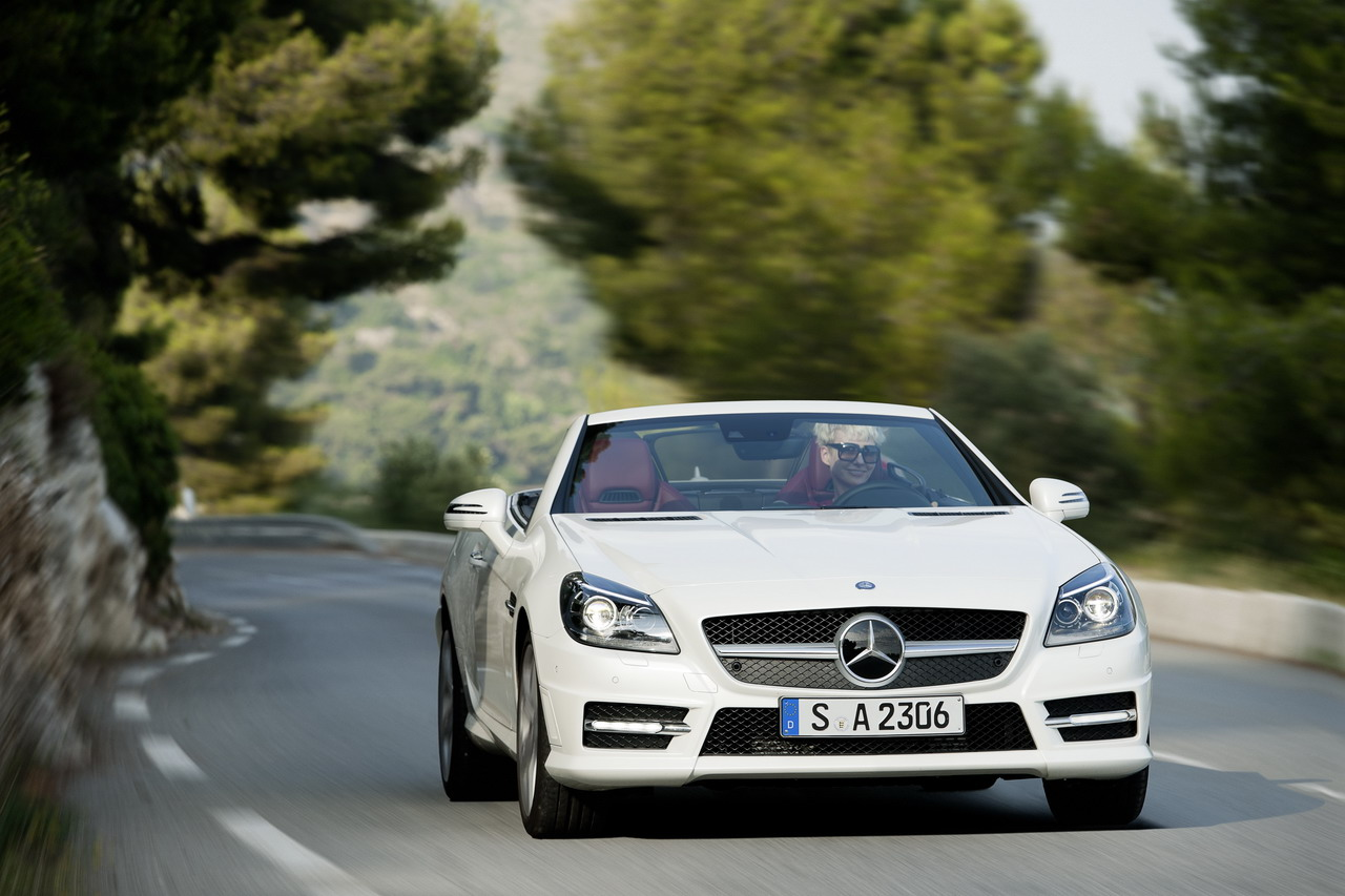 Mercedes-Benz SL 280 204hp AT