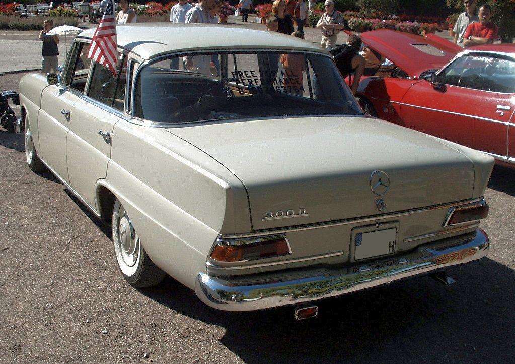 Mercedes-Benz W 110