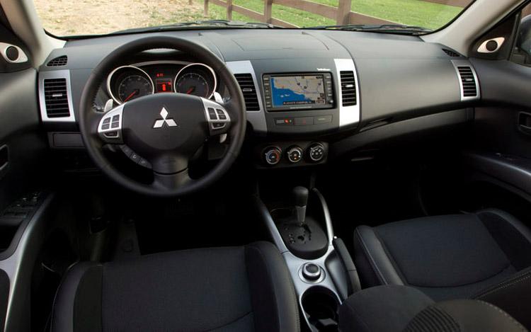 Mitsubishi Outlander 2.4 ES
