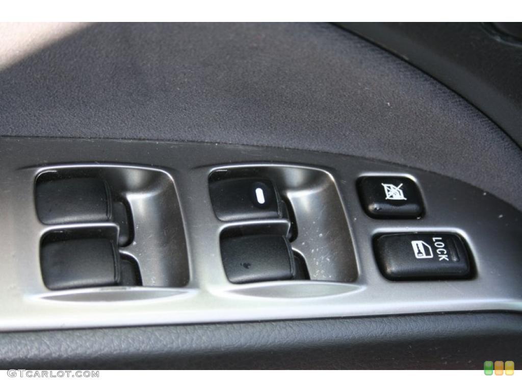 Mitsubishi Outlander LS 4WD