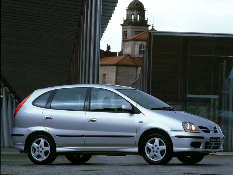Nissan Almera 1.6 Special Edition