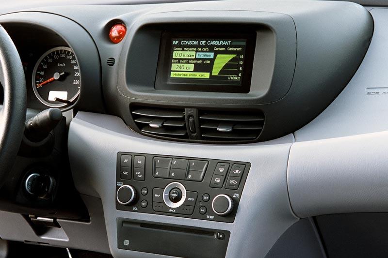 Nissan Almera 1.8 Acenta