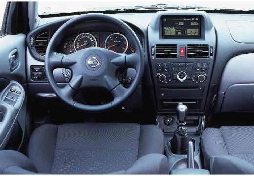 Nissan Almera 2.2 D