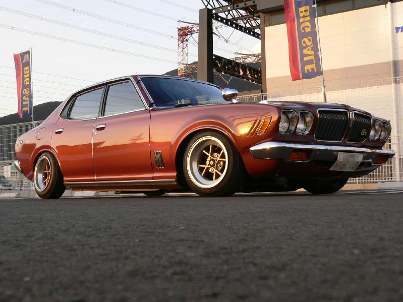 Nissan Bluebird 810