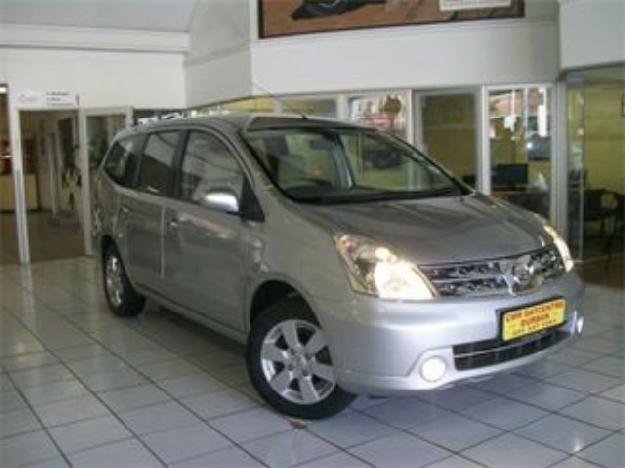 Nissan Grand Livina 1.6 Acenta