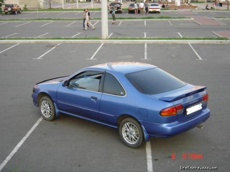 Nissan Lucino 1.8 i 16V SS