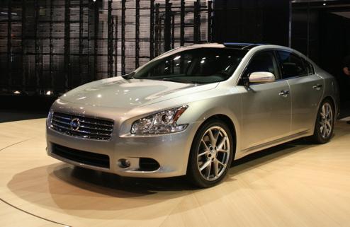Nissan Maxima S