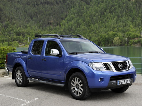 Nissan Navara 2.5 dCi 190hp AT LE (BC--E)
